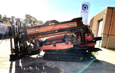 Ditch Witch JT3020 AT 2010 Directional Drill side2